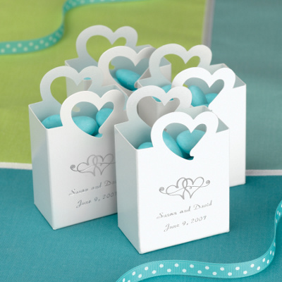 Wedding Favor Boxes For Chocolates : Mini Tote Wedding Favor Box with Heart Handle Wedding Favor Boxes